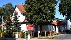 Na zjęciu budynek Urzędu Gminy, w którym mieści się siedziba Gminnego Ośrodka Pomocy Społecznej